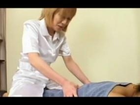 茶髪ショートヘアの女整体師の身体がエロくて我慢できなかったのでwww