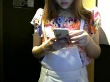 ナンパ!幼児体系パイパン美少女をネカフェ個室でハメ撮り