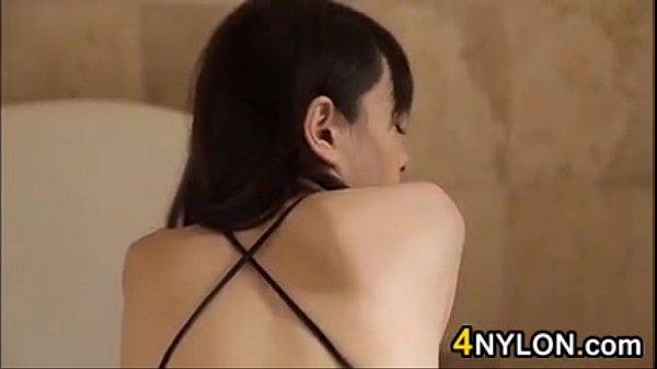 ドスケベコスプレ美女が浴槽でオナニーする過激イメージビデオ