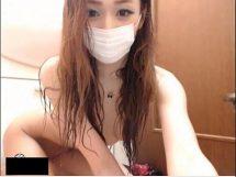 超美形のお姉さんがウェブカメラの前でセクシーポーズしながらアソコ丸出し流出
