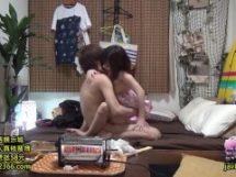 花火大会帰りのカップルが自宅で浴衣セックス!彼氏の盗撮が流出www