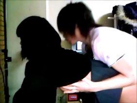 自宅でセックスしてる高校生バカップルが自撮り流出してヤバイことになった問題動画