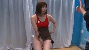陸上女子の膣圧チェック!『え、ちょ、何するんですか!?』身体能力測定という名の性感マッサージ